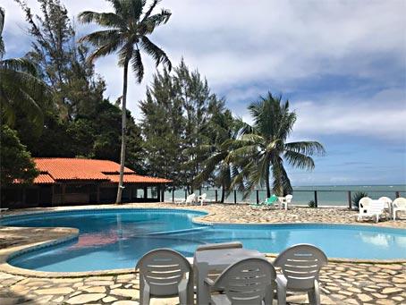 Pousada à Beira-mar Com 20 Quartos Próxima à Quarta Praia