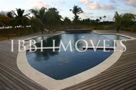 Beautiful house in 80.000m2 area 3