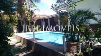 House With Beautiful Garden, Swimming Pool In Noble Neighborhood