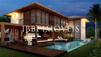 New House in Exclusive Condominium