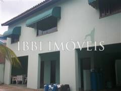 House with 5 bedrooms in Ipitanga 1