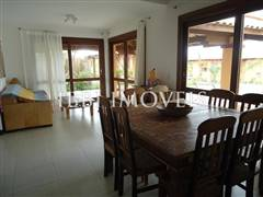 Beautiful house with 4 Bedrooms 5