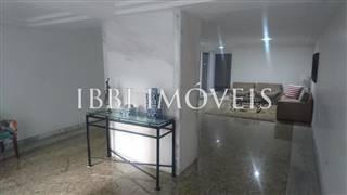 Beautiful 3 Bedroom Apartment (2 Bathrooms) 9