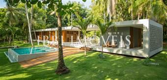 Maravilhosa Casa 13000M² Com 4 Suítes