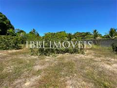 Flat land located 700m from the center. 2